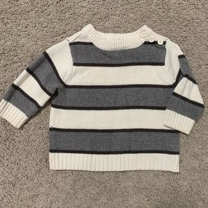 ⭐️ 3/$12 Grey and White Children's Place Sweater